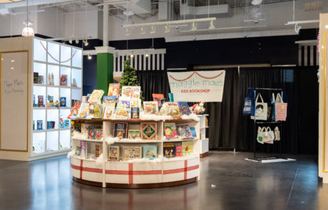 maggie mae's bookstore gresham station